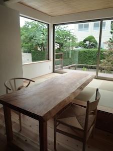 桜テーブル.jpg
