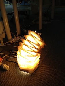 灯り製作中.jpg